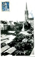 N°1676 R -cpa Landivisiau -l'église -la Place Du Marché- - Landivisiau