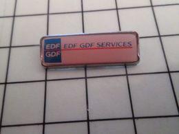 415b Pin's Pins / Rare & Belle Qualité !!! THEME : EDF GDF / SERVICES Créativité Niveau Zéro ! - EDF GDF