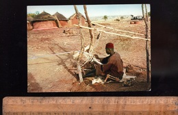 TOGO République Togolaise : Tisserand Métier à Tisser Weaver   Afrique Africain African Africa - Togo