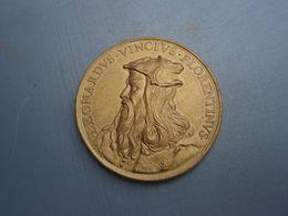 Médaille LEONARD DE VINCI -  FLORENTINVS  SCRIBIT QVAM SVSCITAT ARTEM  HERARD F - Italie