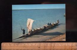 TOGO République Togolaise : Pirogue Sur Le Fleuve Canoe On The River   Afrique Africain African Africa - Togo