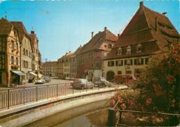 68.  WISSEMBOURG .  Place Du Marché Aux Poissons . - Wissembourg