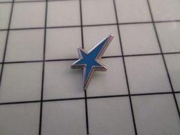 115e Pin's Pins / Rare & Belle Qualité !!! THEME : BANQUES / CREDIT DU  NORD ETOILE BLEUE MINI PIN'S - Banche