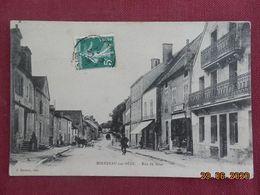 CPA - Mirebeau-sur-Bèze - Rue De Bèze - Mirebeau