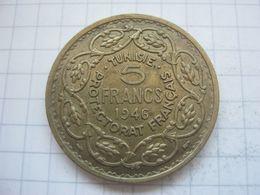 Tunisia , 5 Francs 1946 - Tunisia