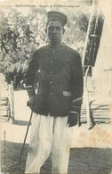 MADAGASCAR Sergent De Tirailleurs Malgaches - Madagascar
