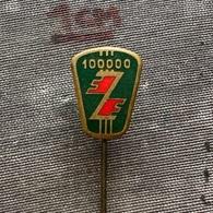 Badge Pin ZN009371 - Automobile (Car) / Truck (Lastkraftwagen / Kamion) Zastava - Pin's & Anstecknadeln