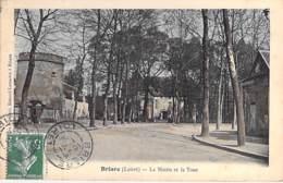 45 - BRIARE : La MAIRIE Et La TOUR- CPA Colorisée - Loiret - Briare