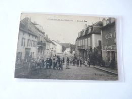 A Vendre Carte Postale De Fontaines Les Chalon . Grande Rue. Nombreux Personnages Petit Prix - Autres Communes