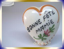 Clamecy ... Coeurs En Fête.. Bonne Fête Mamie, Grand Modèle Blanc-Marron ... Ref .AFF : 16-1994 - Oude