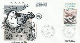 Terres Australes Et Antarctiques Françaises    1992    Oiseaux Le Damier Du Cap - FDC