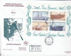 Terres Australes Et Antarctiques Françaises     2001 Les Vieux Gréements Bateaux - Hojas Bloque