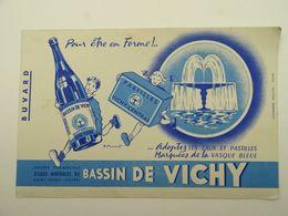 Buvard Pastilles Vichy Eaux Minérales Bassin De Vichy Vasque Bleue Saint-yorre Allier - Food