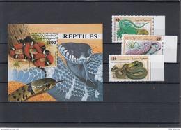 Sahara RSAD Michel Cat.No. Mnh/** Issued 1998 Set + Sheet Snakes - Stamps