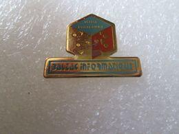PIN'S   BALZAC  INFORMATIQUE - Informatique