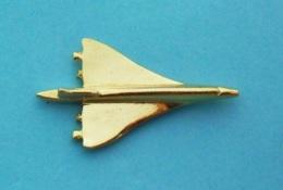 1 PIN'S  //   ** LE CONCORDE / AVION QUADRIRÉACTEUR SUPERSONIQUE / '3D ** - Avions