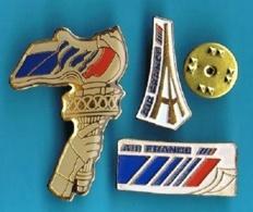 3 PIN'S //   ** COMPAGNIE D'AVIATION AIR FRANCE / TOUR EIFFEL / STATUE DE LA LIBERTÉ ** - Avions