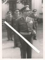 Armée Belge D'Occupation En Allemagne Année 1947 Défilé Militaire,photo Du Général PIRON + Etat Major Bat. Libération - Véhicules