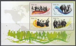 IRLAND  Block 62, Postfrisch **, Irische Musikgruppen, 2006 (Nominale 2,46 Euro) - Blocks & Sheetlets