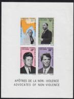 CAMEROUN (1968) Gandhi. M.L. King. J.F. Kennedy. R.F. Kennedy. Imperforate Minisheet. Scott No C115a, Yvert No BF5 - Cameroun (1960-...)