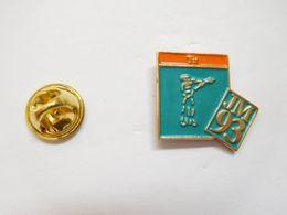 Beau Pin's , JM 93 , Jeux Méditerranéens , Sport , Tir - Pin's
