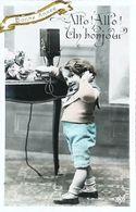 CArte Postale  Enfant Téléphone - Téléphonie