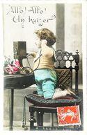 CArte Postale  CPSM  Enfant  Téléphone - Telephony