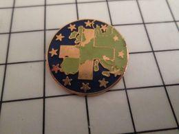 316a Pin's Pins / Rare & Belle Qualité !!! THEME AUTRES / EUROPE CROIX BLANCHE Par DANE INTERNATIONALE - Pin's