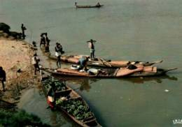 CPM - NIGERIA - ASABA - CANOË Sur Le FLEUVE NIGER ... - Edition Hoa-Qui - Nigeria