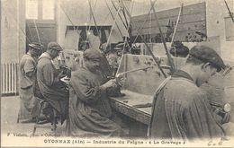 CPA Oyonnax Industrie Du Peigne Le Gravage - Oyonnax