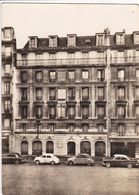 75 PARIS  Hôtel Montana ,rue Lafayette ,voiture Année 1950 ,Citroen 2 CV ,Renault 4CV ,Simca Chambord - District 10