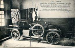N°1762 R -cpa Un Des Taxis De La Marne -musée Des Armées- - Taxis & Fiacres