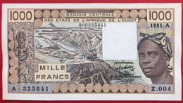 N°113 BILLET DE BANQUE 1000 FRANCS COTE D'IVOIRE 1981 - Côte D'Ivoire