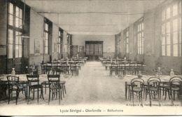 N°1774 R -cpa Charleville -lycée Sévigné- Réfectoire- - Charleville