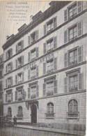 75 - PARIS 9 ème - HOTEL ARVOR : 8 Rue Laferrière ( Place St Georges) Vue Extérieure - CPA - Seine - Pubs, Hotels, Restaurants