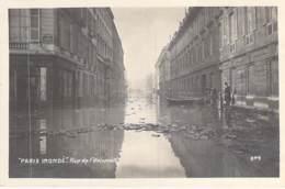 INONDATIONS De PARIS 00 ème ( Série Paris Inondé ) Rue De L'Université- CPA Photo - Seine - De Overstroming Van 1910
