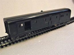 Wagon à Bagages Type Est SNCF Marquage Thionville 18777 Avec éclairage / Jouef Ech HO-1/87 - Coches De Viaje