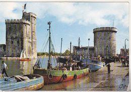 France Uncirculated Postcard - Fishing Boats - La Rochelle - Pêche
