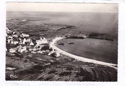 CPSM.  15 X 10,5  -  ILE  De  GROIX  -  LOCMARIA  -  Le Port Et La Jetée.  -  Vue  Aérienne - Groix