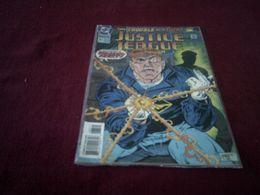 JUSTICE LEAGUE    °    AMERICA      No 83    /   DEC 93 - DC