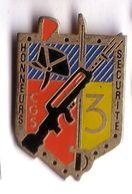 PP95 Pin's Gendarmerie Police RI Garde Républicaine CGS 3 à ISSY LES MOULINEAUX Achat Immédiat - Militaria