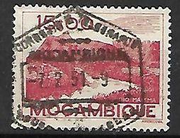 MOZAMBIQUE.     1948.    Y&T N° 378 Oblitéré.     Montagne   /   Rivière. - Mozambique