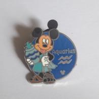 PINS DISNEY ROND  MICKEY SIGNE ZODIAC / VERSEAU - Disney