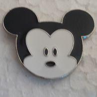 PINS DISNEY TETE MICKEY BEBE - Disney