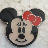 PINS DISNEY TETE MINNIE BEBE - Disney