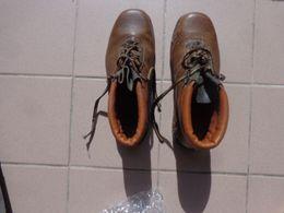 Chaussures De Travail Pointure 41 - Habits & Linge D'époque