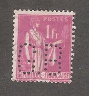 Perfin/perforé/lochung France No 369 G.B Gignoux Frères Et Barbezat - France