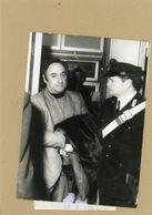 PHOTO PRESSE  ROME   Affaire Des écoutes Téléphoniques .  WALTER BENEFORTI  Chef De La Brigade Criminelle En 1973 - Personnes Identifiées