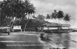 "010701 ""SRI LANKA - CEYLON - MOUNT LAVINIA HOTEL, SHOWING THE BATHING PAVILION"" ANIMATA, VERA FOTO.  CART  NON SPED - Hotels & Restaurants"