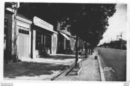 """ENVIRONS DE LA ROCHELLE LA PALLICE BOULEVARD DELMAS """" AU MARIN BRETON Mr SIMONNEAU"""" FOURNITURES POUR LA MER CPSM 9X14 TB - La Rochelle"""